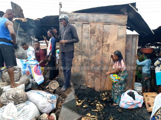 Fire Destroys Part Of Kumasi Central Market – Photos 2