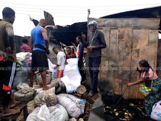 Fire Destroys Part Of Kumasi Central Market – Photos 4