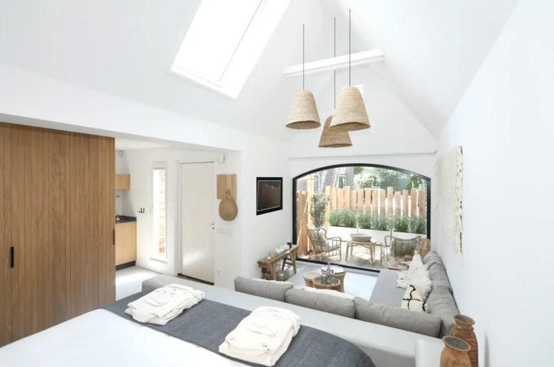 Suite Suite Zandvoort view vanuit bed