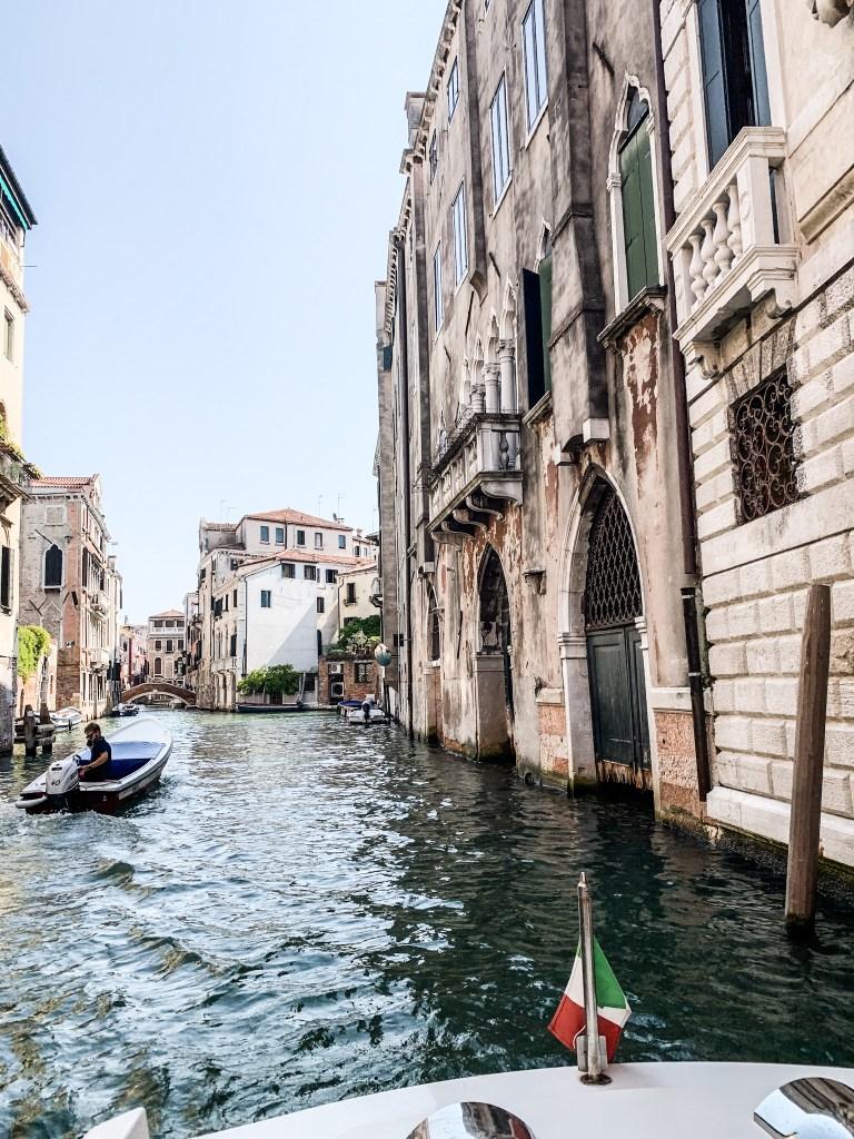Venice-italia-watertaxi