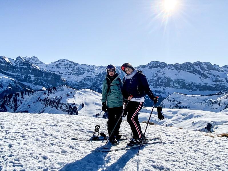 Citizen-of-Châtel-Naomi-skiën