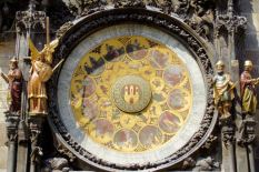 things to do in prague astronomical clock 2