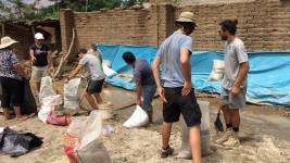 Bag filling and flood prevention in Ladero community