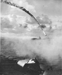 Avion japonais abattu durant la bataille de Saïpan, 1944