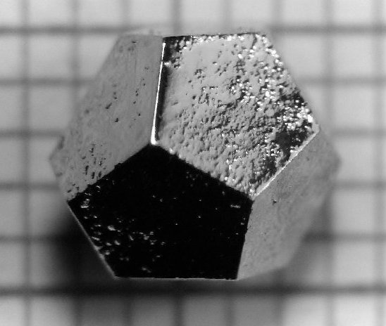 A Ho-Mg-Zn quasicrystal. Source: Wikicommons.
