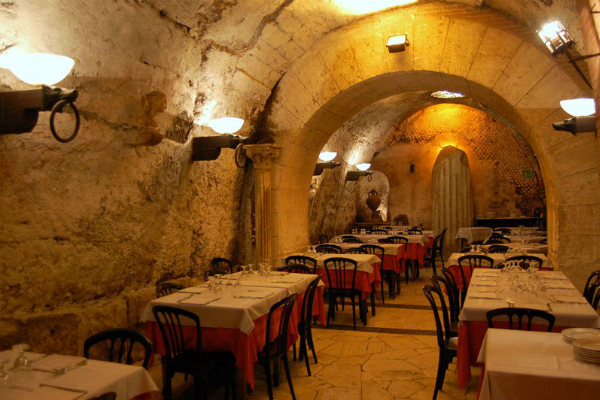 Historic dining at Ristorante Da Pancrazio, Italy