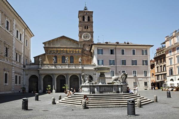 Piazza Santa Maria, Trastevere