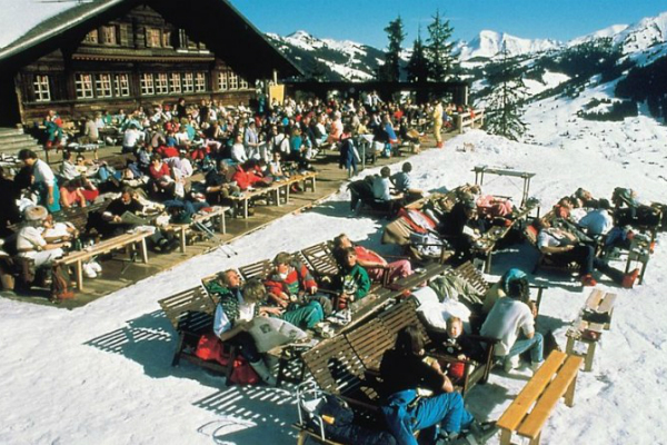 Apres-ski bar in Gstaad