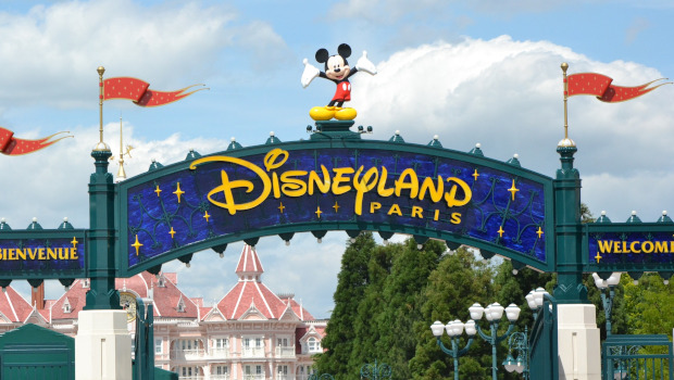 How to Get from Paris CDG Airport to Disneyland