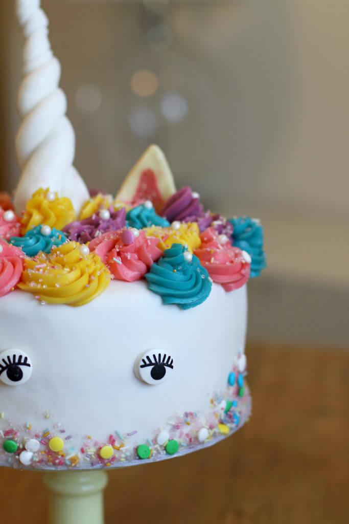 Einhorn Torte  Unicorn Cake  City Cupcakes