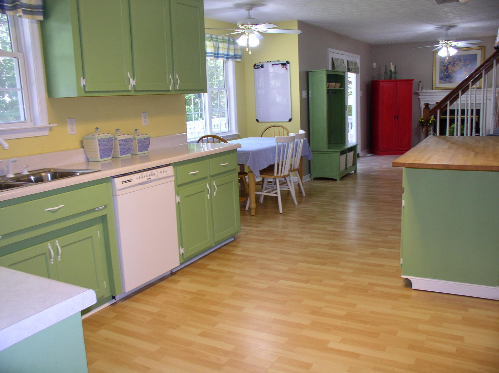 How To Repaint Kitchen Cabinets Painting Your Kitchen Cabinets | Painting Tips From The Pros