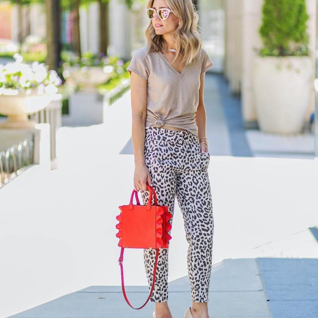 I love a good patterned pant and tomorrow on thehellip