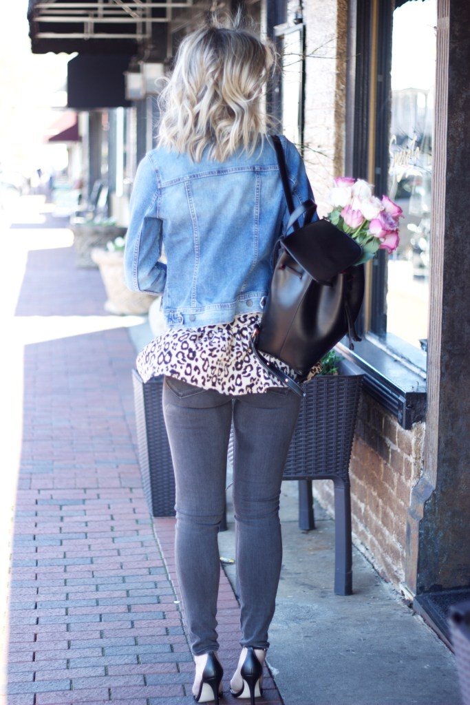 denim-jacket-spring-leopard-peplum-tank-beach-wave-hair-city-peach