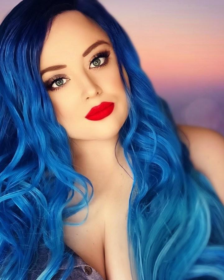 UK London based singer/songwriter 'TaniA Kyllikki' has released her 5th single called, 'Remind Me'