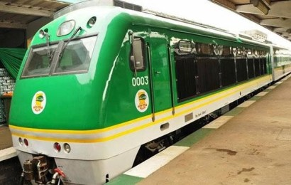 Criticism trails suspension of Abuja-Kaduna train services