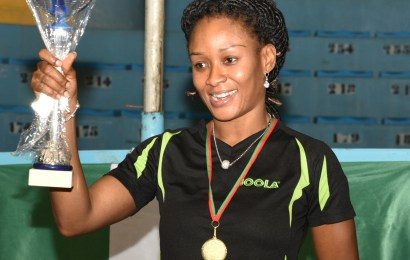 Oshonaike reclaims African title