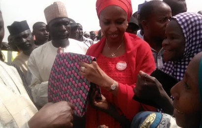 NPA boss in Maiduguri, donates 2,100 bags of beans, 2,540 bags of rice, others to IDPs