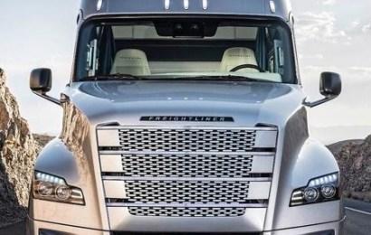 Daimler Trucks Tests New Digital Vehicle Systems