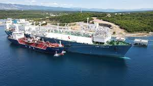 LNG Firm Completes First Reloading Operation