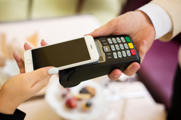 nfc-near-field-communication-mobile-payment_124865-1265