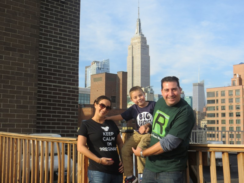 NYC, announcing pregnancy second child