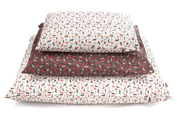 Scout & About Outdoor Pillow Bed