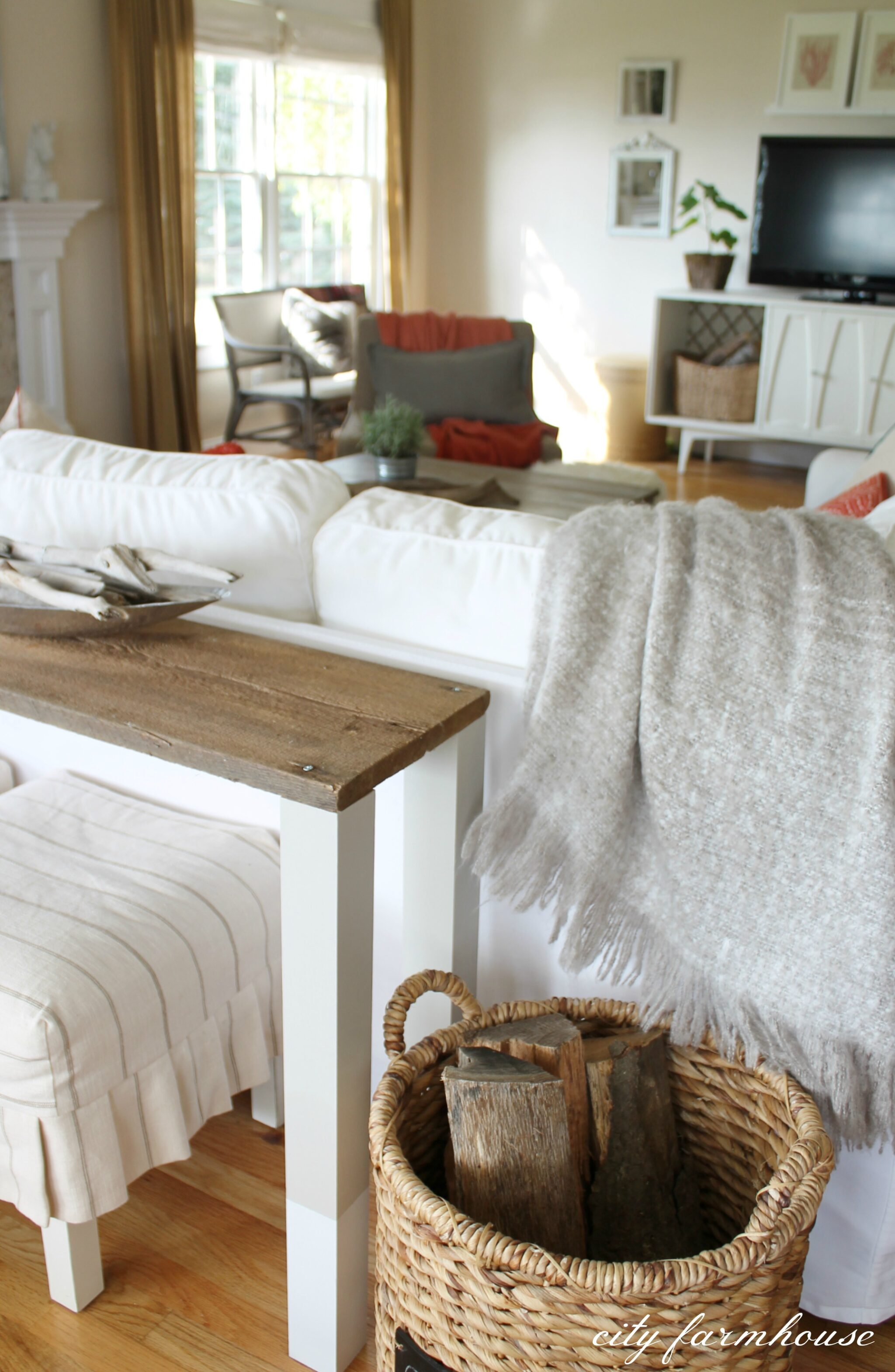 behind the sofa table dark decorating ideas easiest diy reclaimed wood city farmhouse dipped using