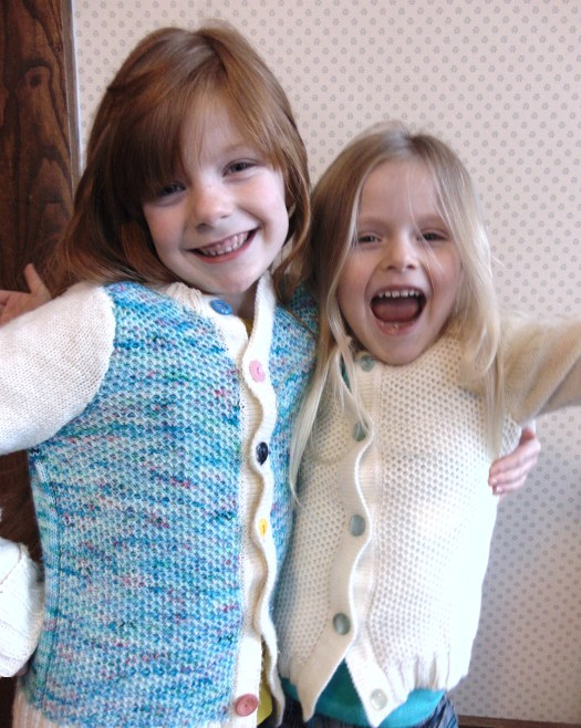 Knit Play Day Cardigan free pattern by www.CityFarmhouseStudio.com