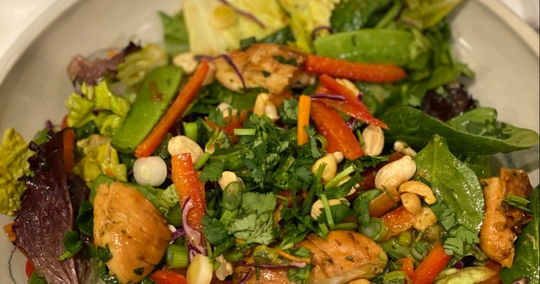 Peanut Chicken Stir-Fry Salad