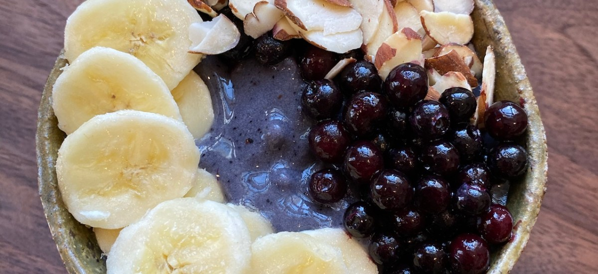 Wild Blueberry Smoothie Bowl