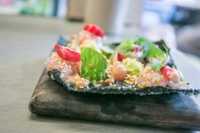 Albacore Tuna-Avocado and Seaweed Cracker