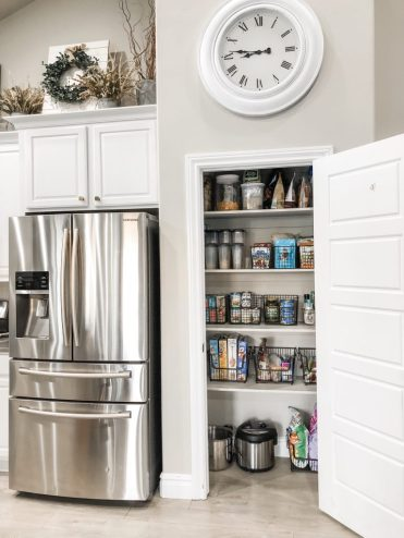 Clean Pantry and Kitchen Organization