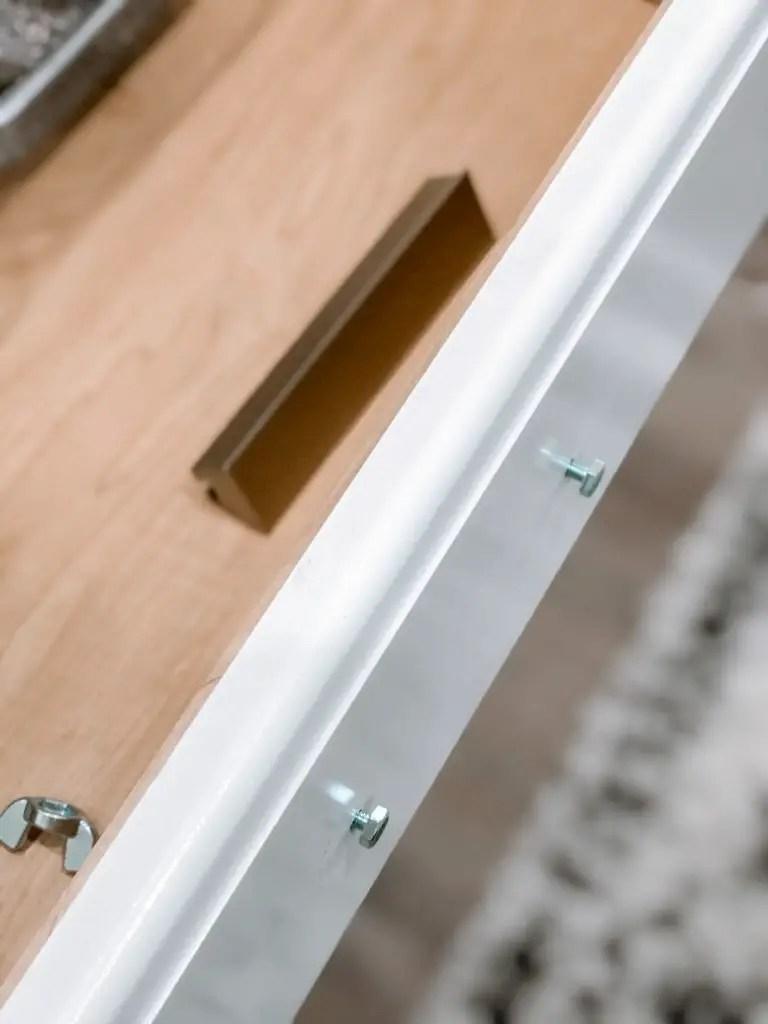 Installing new kitchen pulls