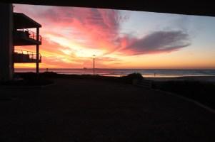 city-girl-vibe-x-sunstays-lagoon-beach-aprtments-sunset-view