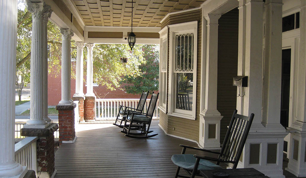 slider_0003_Front-Porch