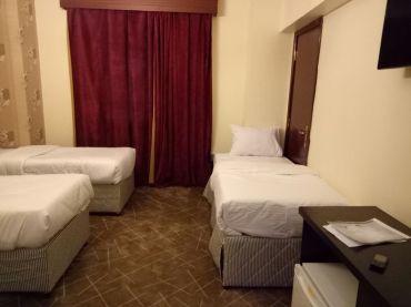 rawdaal-safa-madina-hotel-room-1