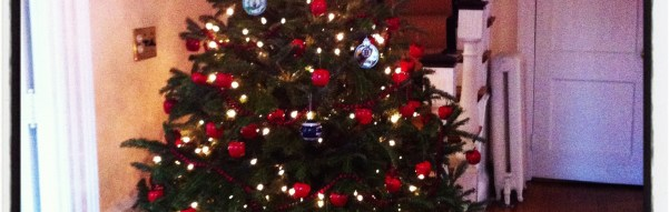 Merry Christmas: In green and red pine-scented letters!