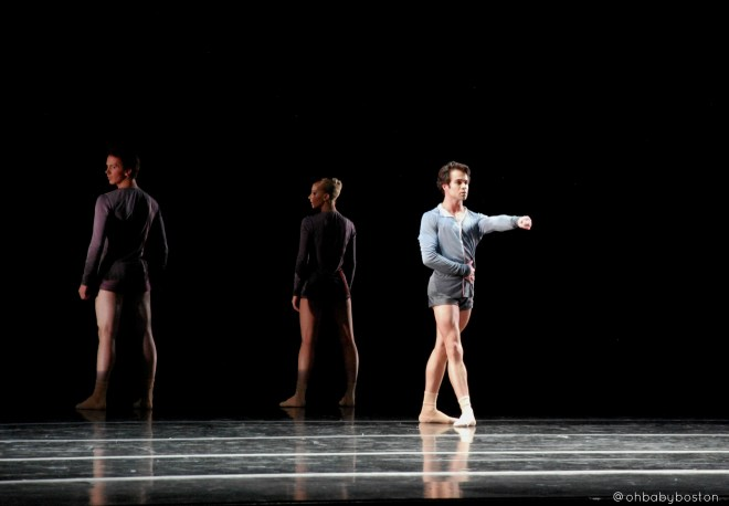 Boston Ballet principals (left to right) Paul Craig, Whitney Jensen, and Paulo Arrais in Jeffrey Cirio's fremd part of Boston Ballet's season finale Thrill of Contact.