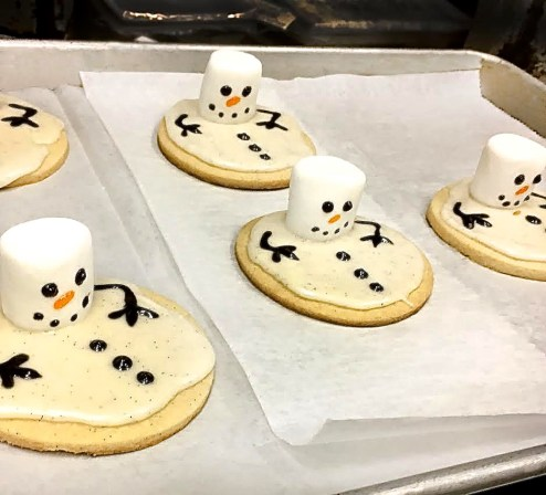 Alma Nove's Crystal Tempesta Bakes Sugar Cookie Snowmen for the Season