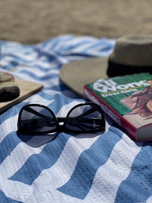 Beach Day Tesalate Blanket: Australia Knows Best