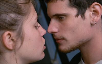 Romantična drama Adelino življenje (La vie d'Adèle, Belgija, Francija, Španija, 2013)