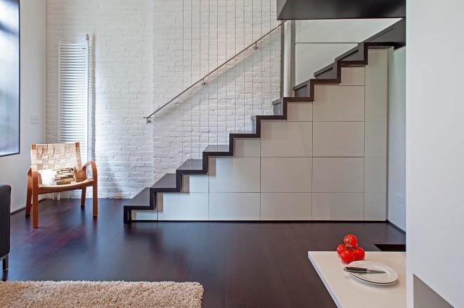 Izkoriščen prostor pod stopniščem