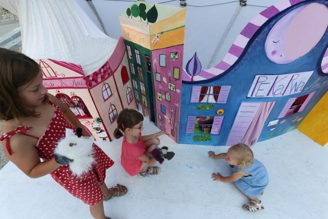 Prikupna zabava na Poletnem lutkovnem pristanu