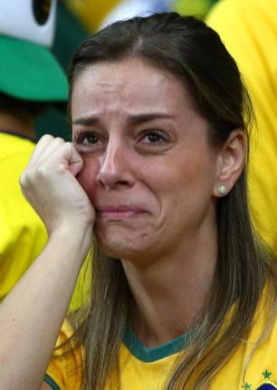 brazil-v-germany-semi-final-20140708-220341-930