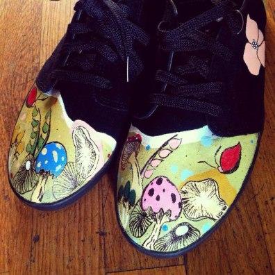 custom-shoe-paintings-pop-culture-laces-out-studios-8