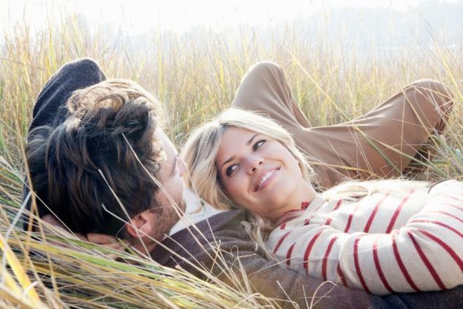 Srečna veza temelji na zaupanju in odpuščanju.