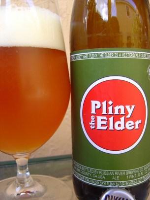 7. Russian River - Pliny the Elder. Gre še za eno pivo iz sončne Kalifornije (ZDA), a to je z dodatkom ananasa, svežega hmelja in citrusa. Ocena: 4.289/5