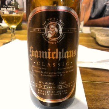 16. Hürlimann - Samichlaus. Izredno močno temno dock pivo, ki prihaja iz Švice, točneje iz Züricha. Ocena: 4.239/5