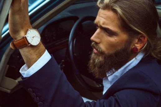 slim-wristwatch-minimalist-design-leather-strap-italian-15
