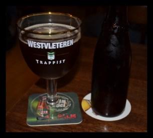 12. Westvleteren - Extra 8. Kot že ime izda gre za izjemno močno in temnorjavo ale pivo, ki prihaja iz Belgije. Ocena: 4.267/5